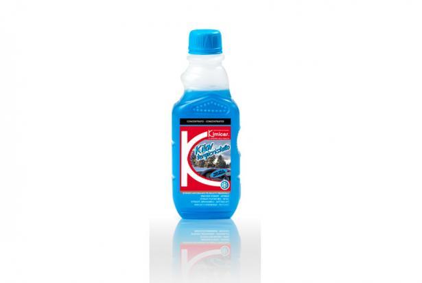 Detergente concentrato per vaschette tergicristallo con antigelo
