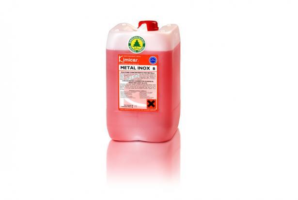 Detergente sgrassante concentrato per la pulizia di interno cisterne e metalli