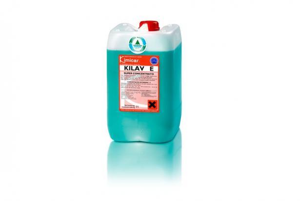 Detergente concentrato a schiuma frenata per il prelavaggio a spruzzo ed il lavaggio